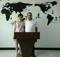 Ливанские клиенты посетили компанию с целью приобретения стегальных машин и кипоразборщиков